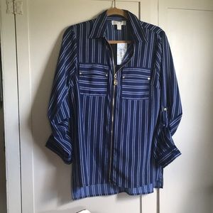 Micheal Kors zip front blouse navy and white